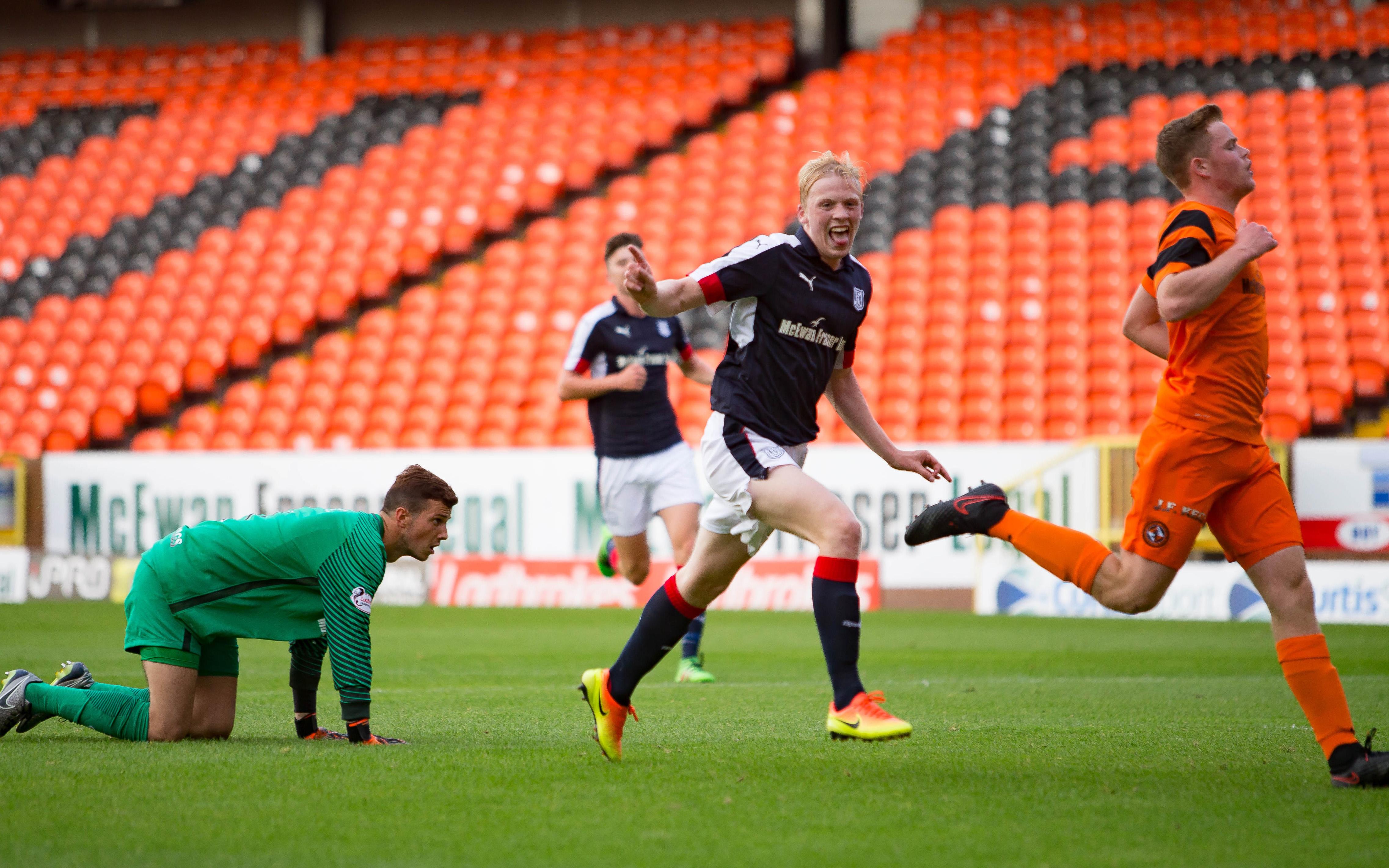 [Image: 06-09-2016-Dundee-United-v-Dundee-20s-0076.jpg]