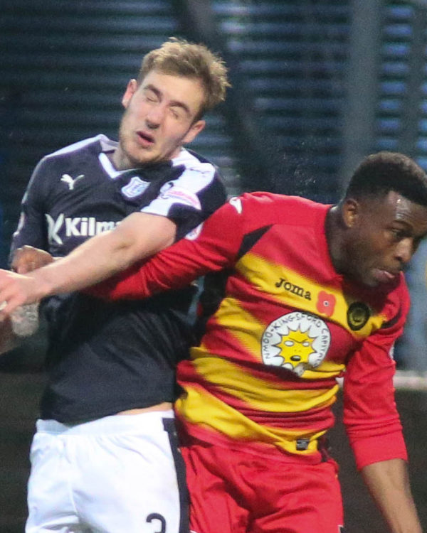 Dundee's Kevin Holt and Partick Thistle's David Amoo - Dundee v Partick Thistle, Ladbrokes Premiership at Dens Park   - © David Young - www.davidyoungphoto.co.uk - email: davidyoungphoto@gmail.com
