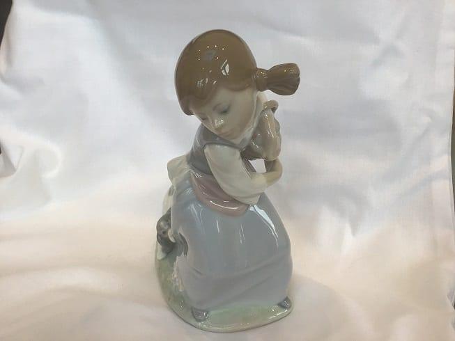 Lladro Girl – Basket and Dog (Model 4982)