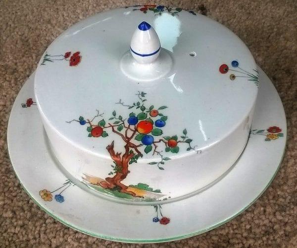 Shelley Crabapple Dish.