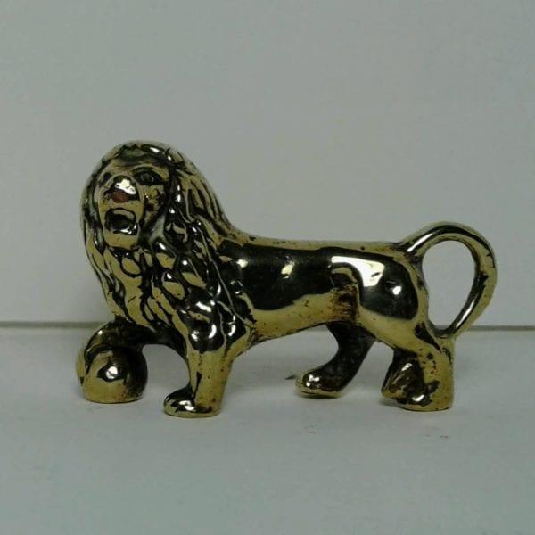 Vintage brass desk weight – Lion