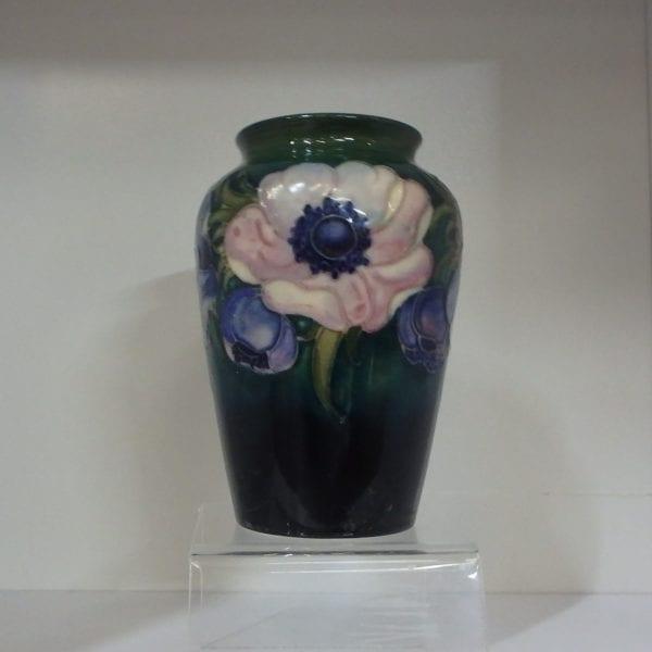 Moorcroft Vase – Anenome Pattern