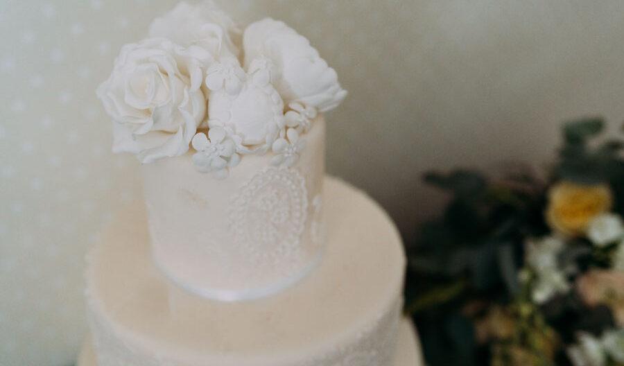 wedding cake at Kindrochet Lodge Atholl Estate