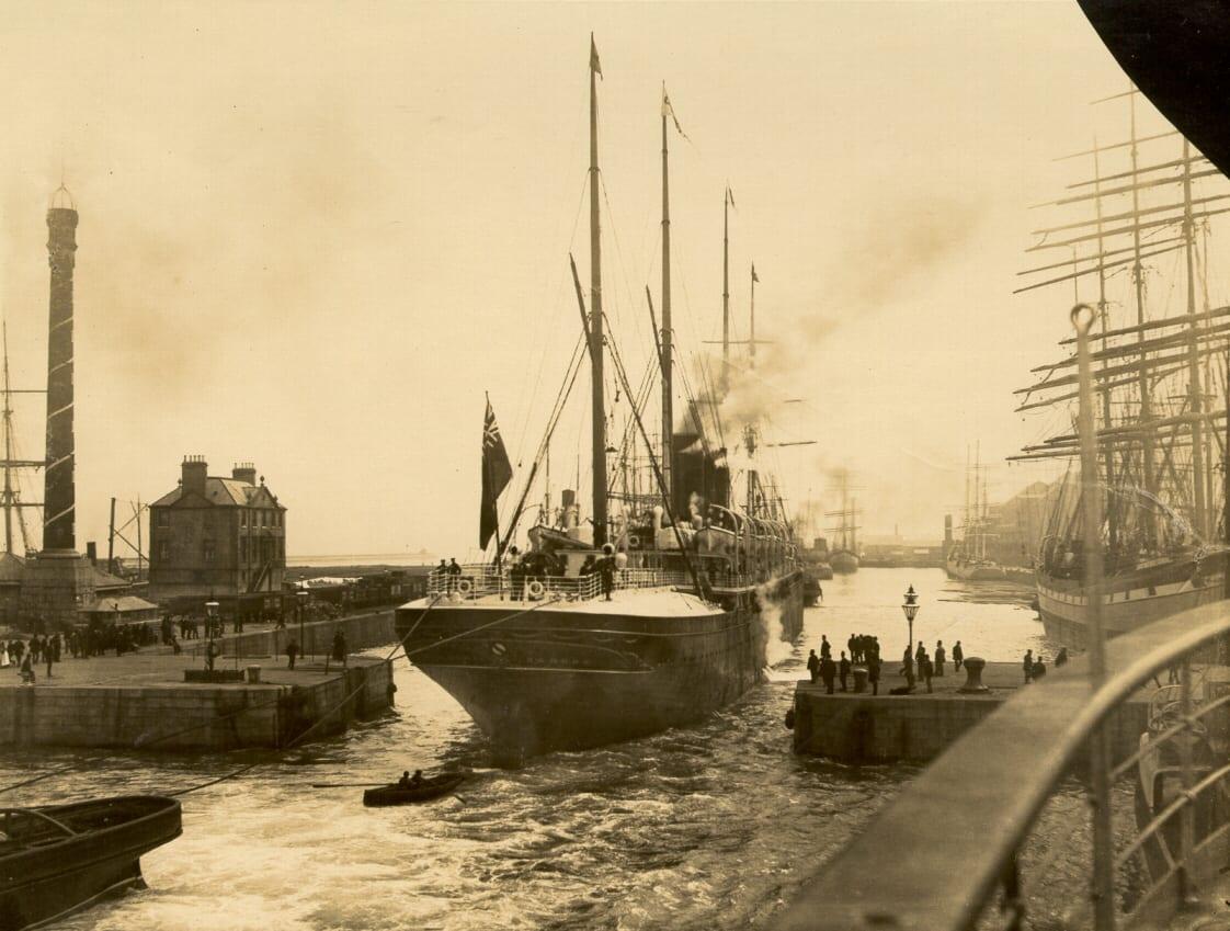 P117 James Watt Dock