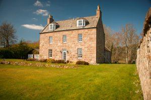 Hattonburn Farmhouse for rent on Leys Estate