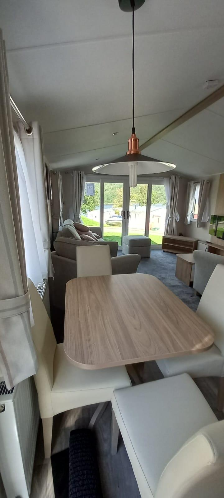 2022willerbymanor38x12-2bedroom-2