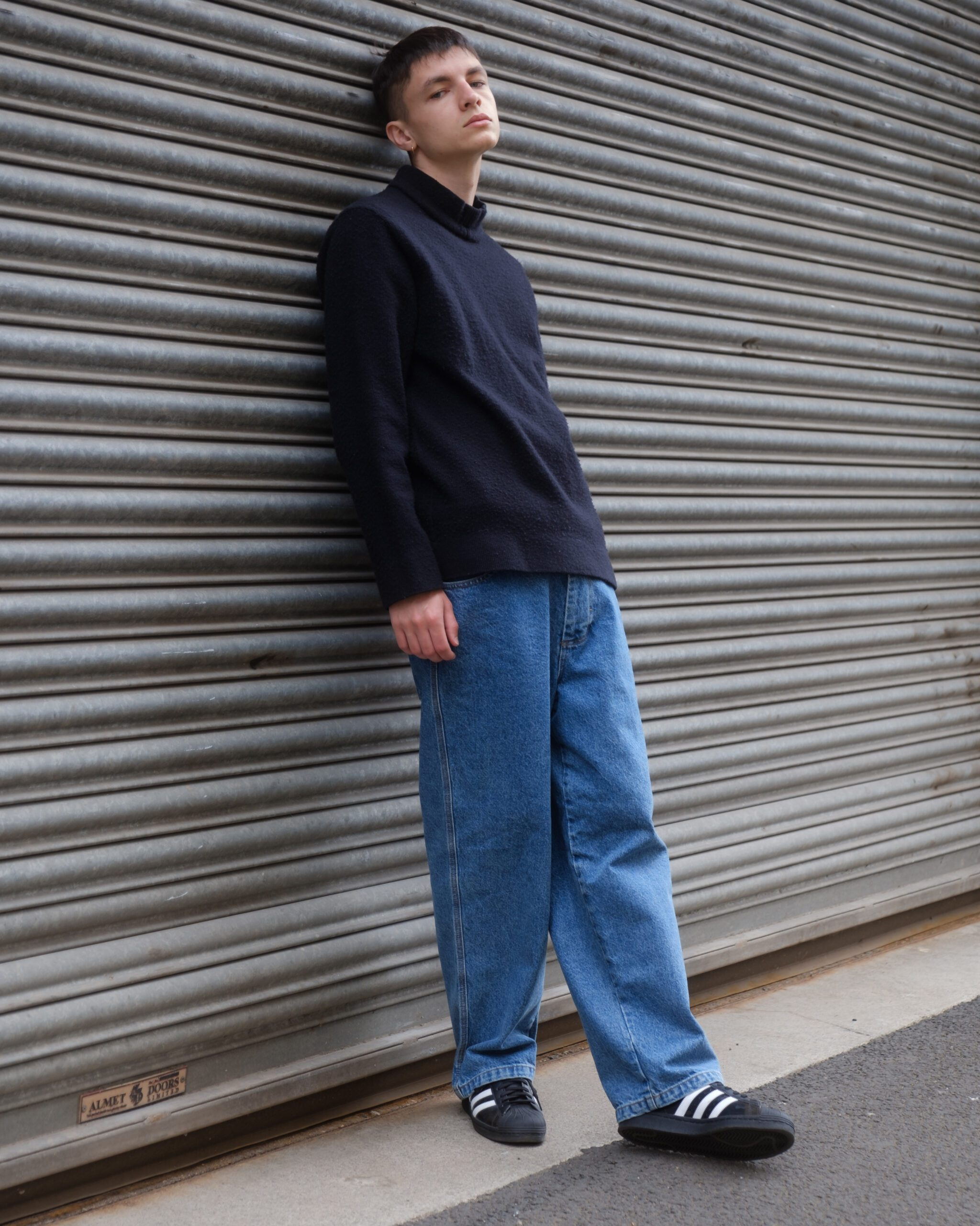 Angus hinnigan full length shot in blue jeans