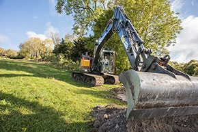 Volvo excavator - Morris Leslie