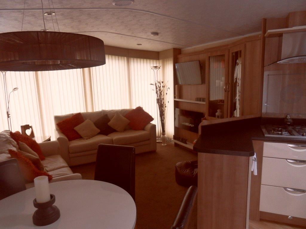 2013arronbrookeclipse35x12-2bedroom-2