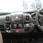 n2022autotrailv-line635se-2