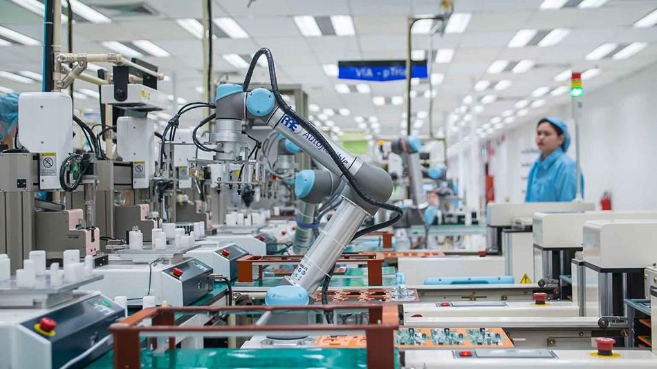 robot cobot machine loading