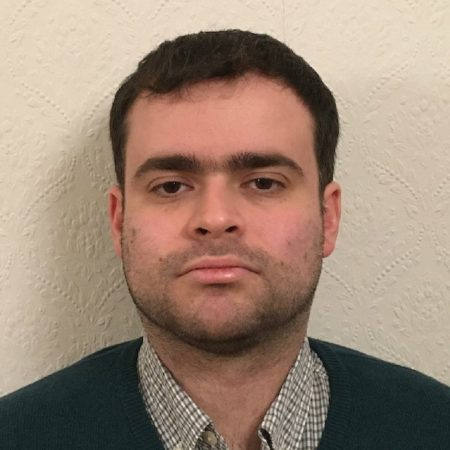 Headshot of Andrew Cairns