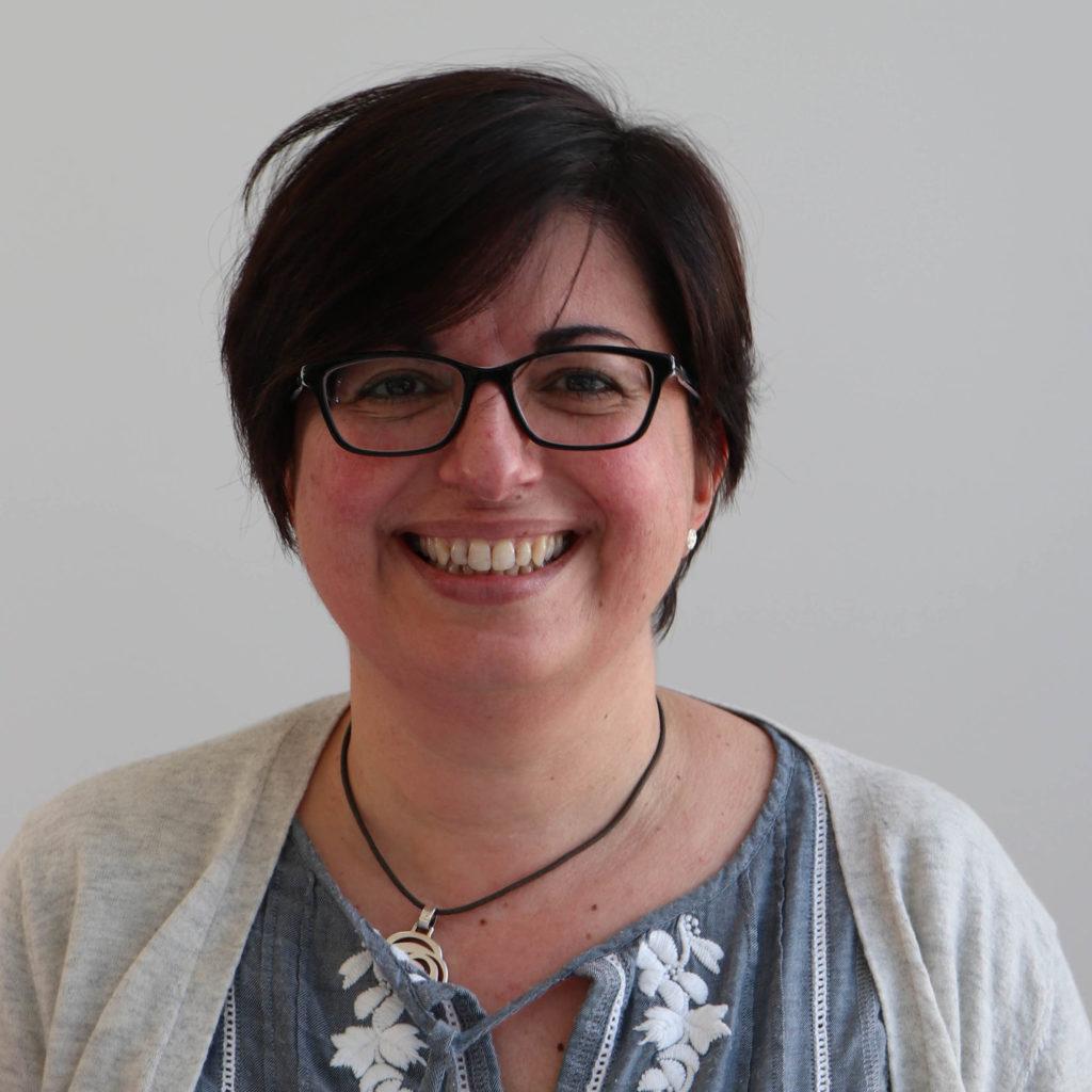 Headshot of Dr Beatriz Baragaña